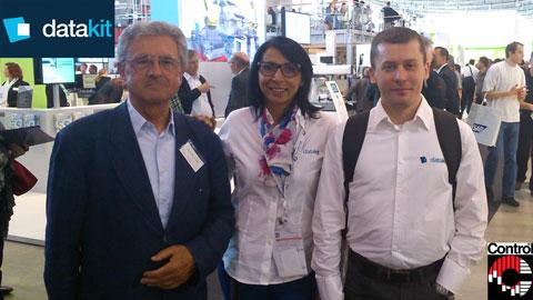 Halima et Arnaud de Datakit à Control 2014 avec Werner Hochreiter, revendeur de Datakit en Allemagne